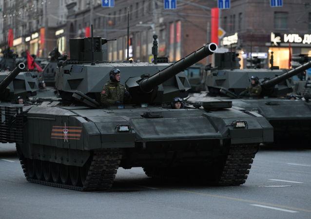 """媒体:俄装甲车将配置""""黑匣子"""""""