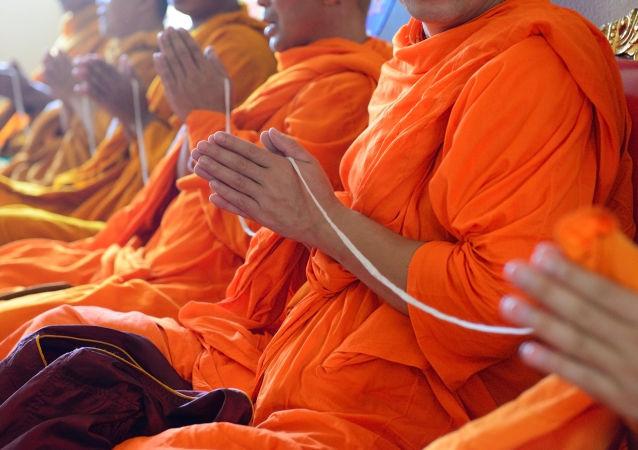 媒体:日本僧人因工作繁重和抑郁症对寺院提起诉讼