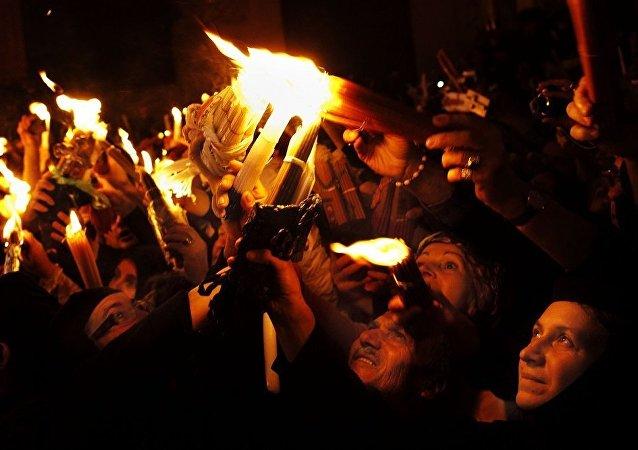 耶路撒冷圣墓教堂的圣火降临