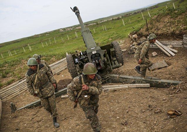 阿塞拜疆考虑从俄增购武器