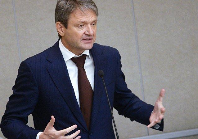 俄农业部长亚历山大∙特卡乔夫