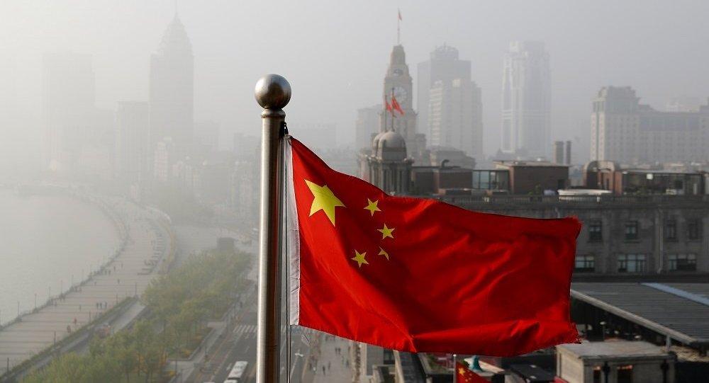 中国债务总额占GDP比例已超美国