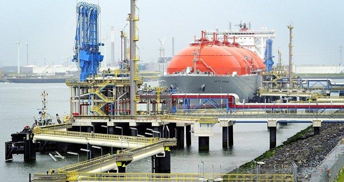 歐委會提議增加從美進口液化氣換取鋼鋁關稅豁免