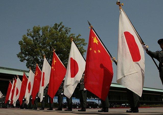 中國外交部:中日政府首腦就改善兩國關係交換意見