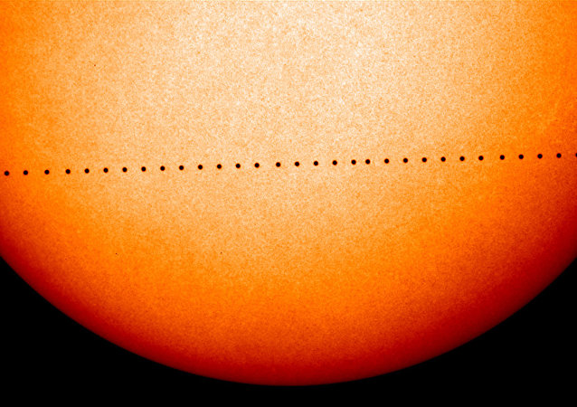 迷你日食:勝利日可見水星凌日