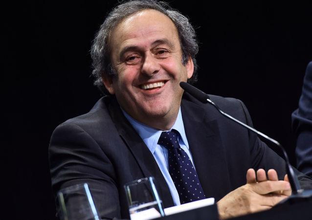 律师:被禁足四年的普拉蒂尼将辞去欧洲足联主席一职