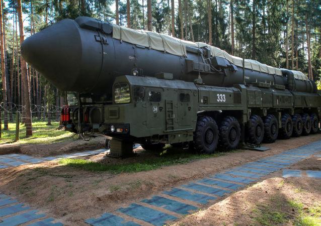 """""""亚尔斯""""弹道导弹在试射中击中勘察加半岛上的目标"""