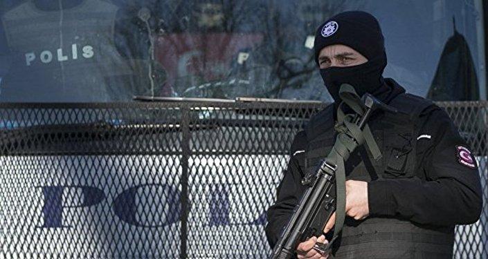 土耳其当局在未遂政变后着手关停大量媒体