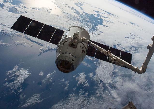 外媒:美国将军指责俄中研发针对美国卫星的武器