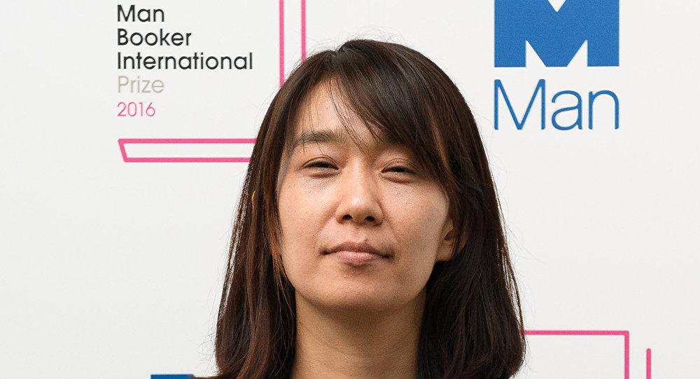 韩国女作家韩江获国际布克奖
