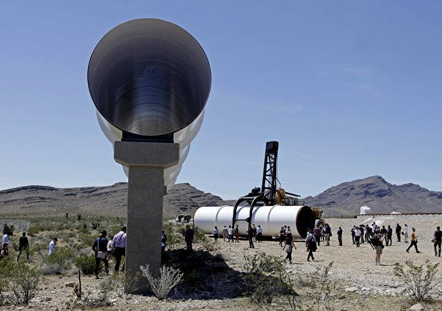 超级高铁项目 Hyperloop