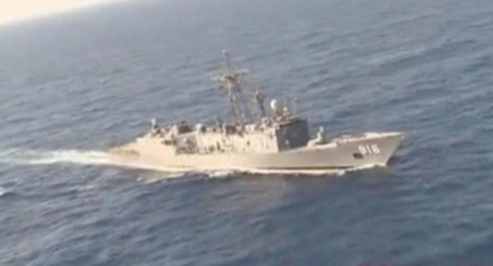 埃及軍方的搜索船在埃及航空公司飛機在地中海的失事地點