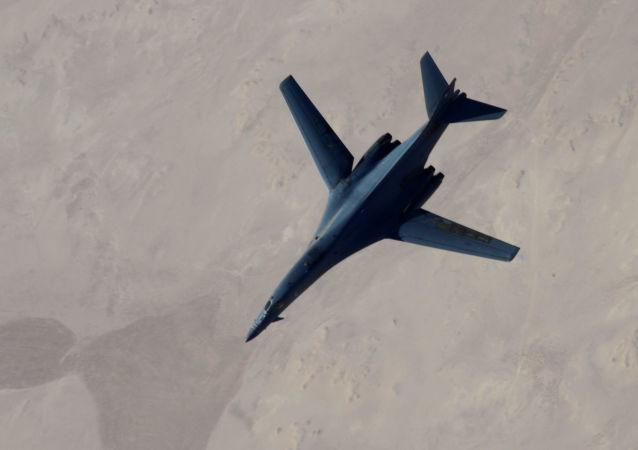 五角大楼:国际联盟对伊拉克和叙利亚境内IS武装进行16次空袭