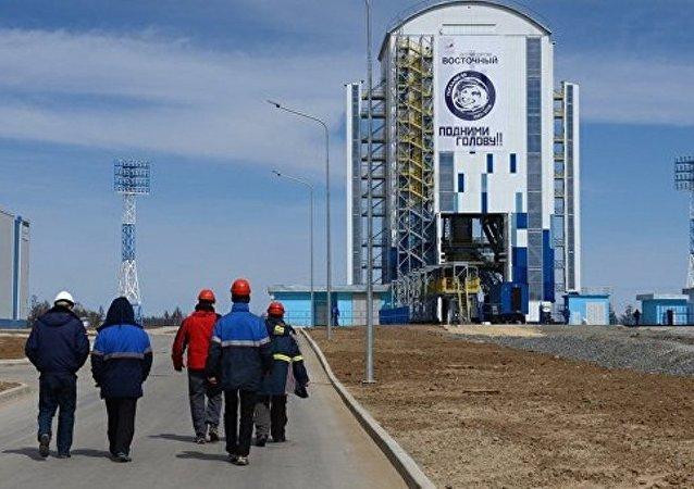 消息人士:俄羅斯超重型火箭除向月球發射外還將執行其他任務