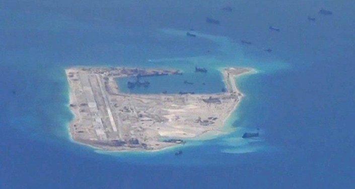 中國空軍組織轟—6K等多型戰機遠洋訓練、戰巡南海