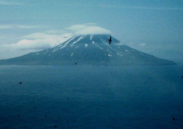 松輪島(千島群島的一個島)