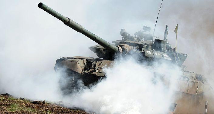 中國軍人將駕駛新型坦克參加坦克兩項比賽