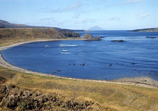 俄國防部勘察隊在千島群島的松輪島研究日軍遺跡