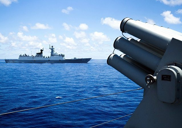 日本防卫大臣中谷元对南海局势表示担忧