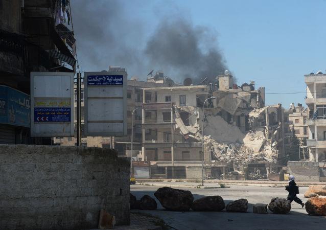 俄國防部:在阿勒頗地區正進行激戰,武裝分子使用裝甲車