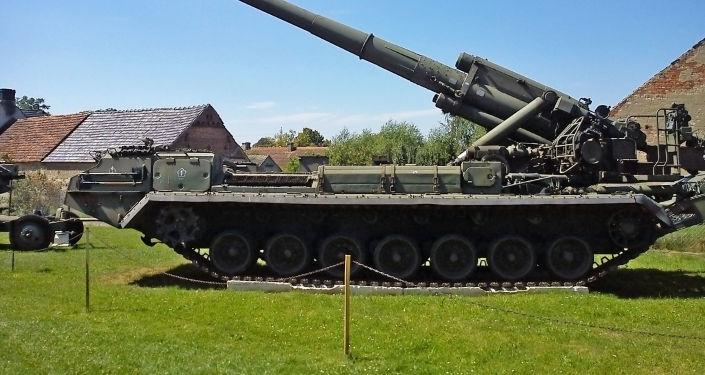 帶核裝藥彈藥的「芍藥」火炮系統