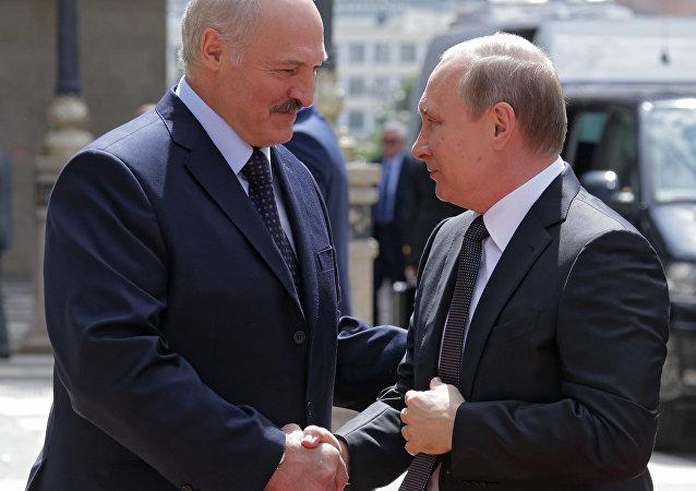 普京就白俄罗斯独立日向卢卡申科表示祝贺