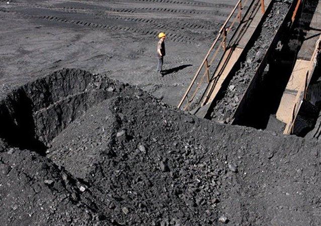 2017年前兩個月滿洲里口岸進口俄煤炭逾35萬噸