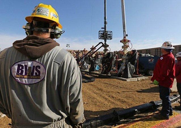 国际能源署:到2025年美国页岩油气产量将超过俄罗斯油气产量