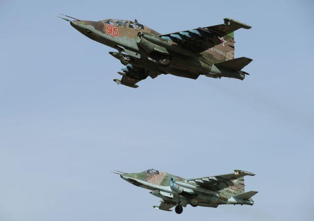 苏-25SM强击机