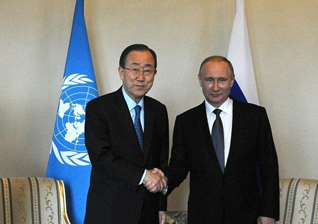 俄总统新闻秘书:普京与潘基文在圣彼得堡会晤时关注了叙利亚问题