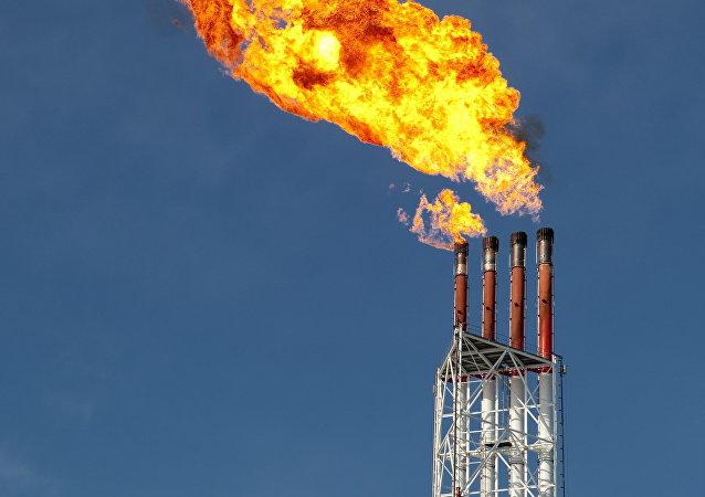 俄大型能源企业考虑向巴基斯坦供应LNG