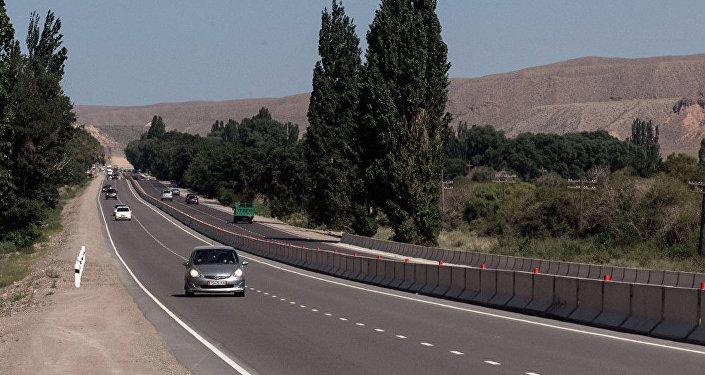 中国计划在2017年建设5000千米长的新高速公路