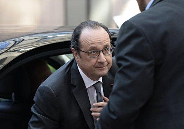 法國總統指出烏克蘭問題明斯克協議的落實取得進展