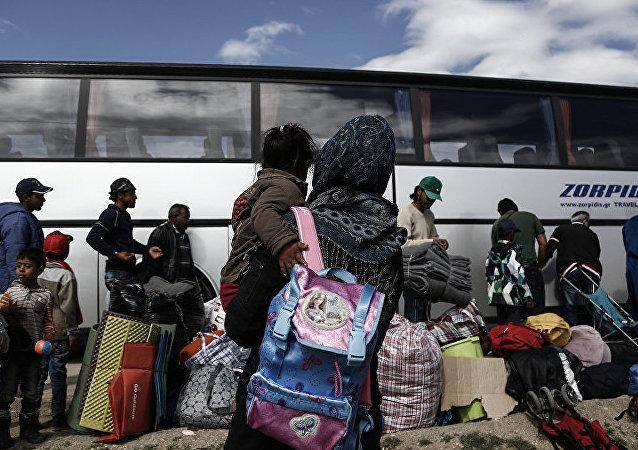 媒體:德國或接收數百名法國加萊難民營難民