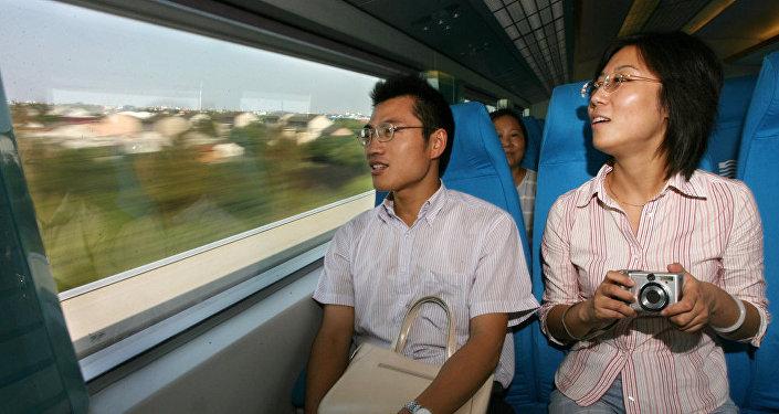 中国国家旅游局:10月6日中国全国接待游客0.6亿人次