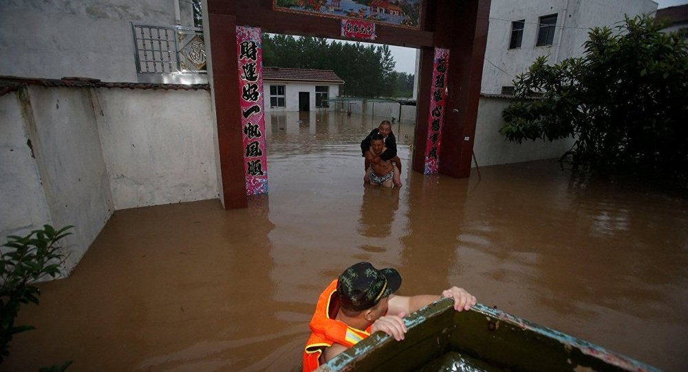 广西遭遇强降雨 启动重大气象灾害