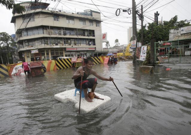 中国外交部:中国红十字会将向菲律宾台风受灾地区提供10万美元援助