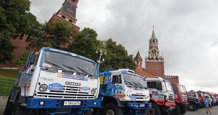"""2017年""""丝绸之路""""拉力赛将在俄罗斯、哈萨克斯坦和中国境内举行"""
