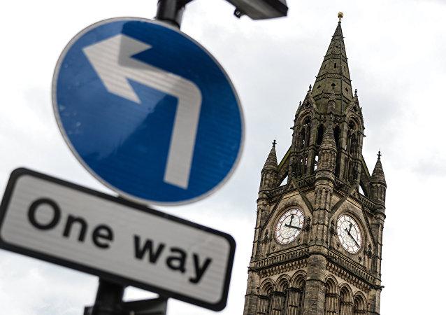 英國卡梅倫政府推翻關於英國脫歐的二次公決