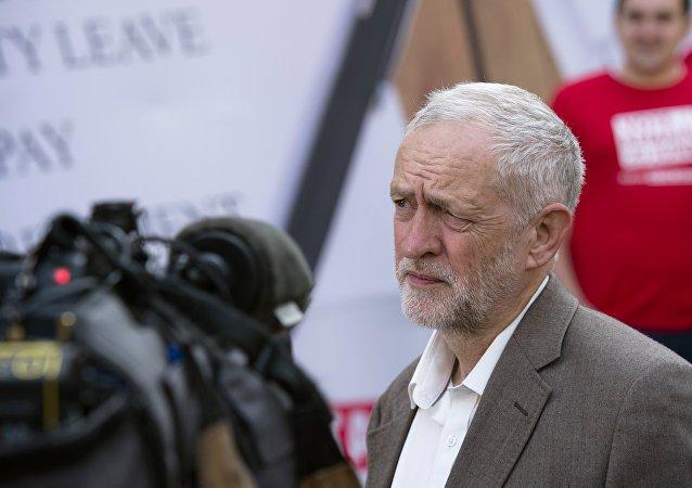 英国反对党工党领导人杰里米·科尔宾