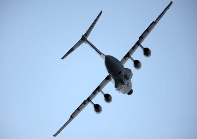 """伊尔-76MD-90A用飞机,A100""""飞行雷达""""飞机即是在这一飞机的基础上制成的"""