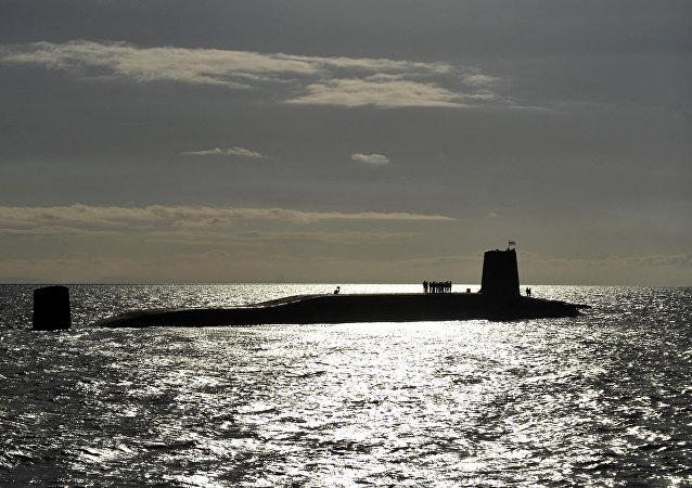 葡萄牙海军潜艇闯入法国渔民渔网