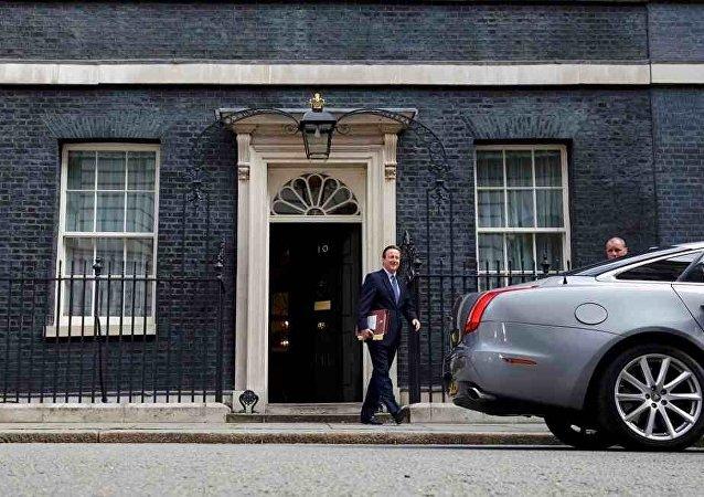 卡梅伦建议新一任首相巩固与欧洲的关系