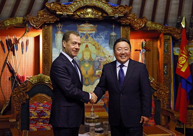 俄總理:亞歐峰會期間的討論應該促進歐亞國家發展