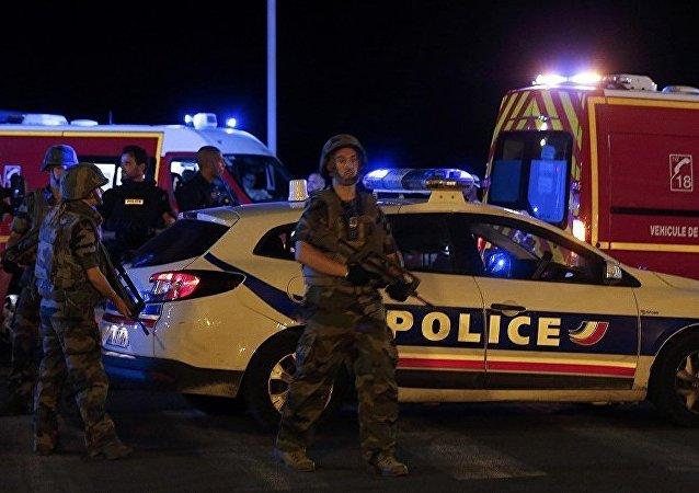 媒体:法国又拘捕两名尼斯恐袭涉案者
