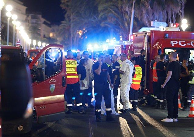 媒体:尼斯恐怖袭击后有54名儿童被送往医院