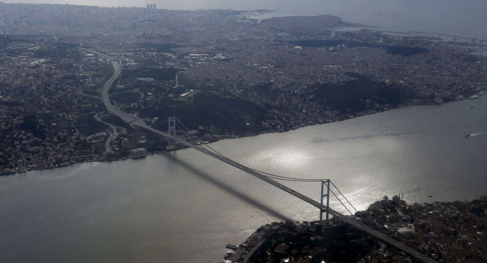 媒体:伊斯坦布尔一家IT公司在收到包裹后发生爆炸 3人受伤