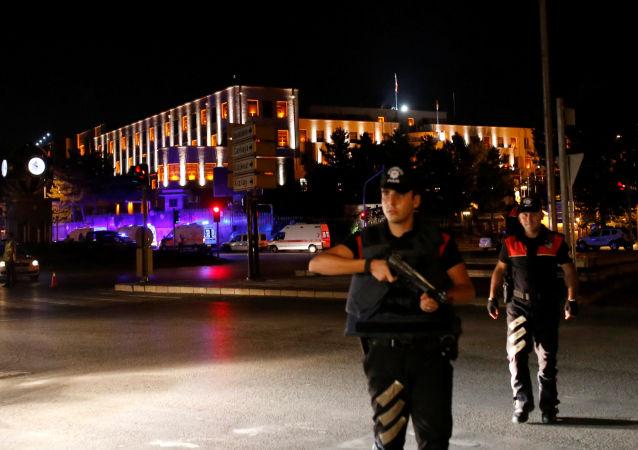 土耳其指责欧盟对土启动紧急状况的反应是双重标准