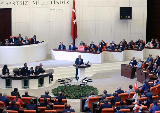 媒体:土耳其试图发动政变后30名省长被免职