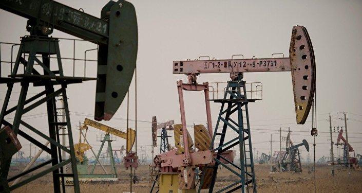 媒體:中國原油期貨或於2018年1月中旬上市